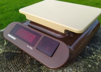 Smuk Soehnle vægt fra 80 erne. Digital.