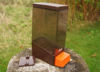 Sjælden Melitta kaffe dispenser. Lækker kvalitet til vægophæng.