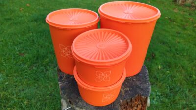 Retro Tupperware sæt fra 70 erne i orange