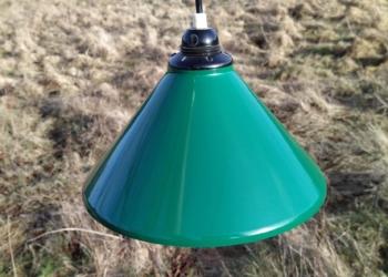 Eksklusiv grøn retro emalje pendel i perfekt stand.
