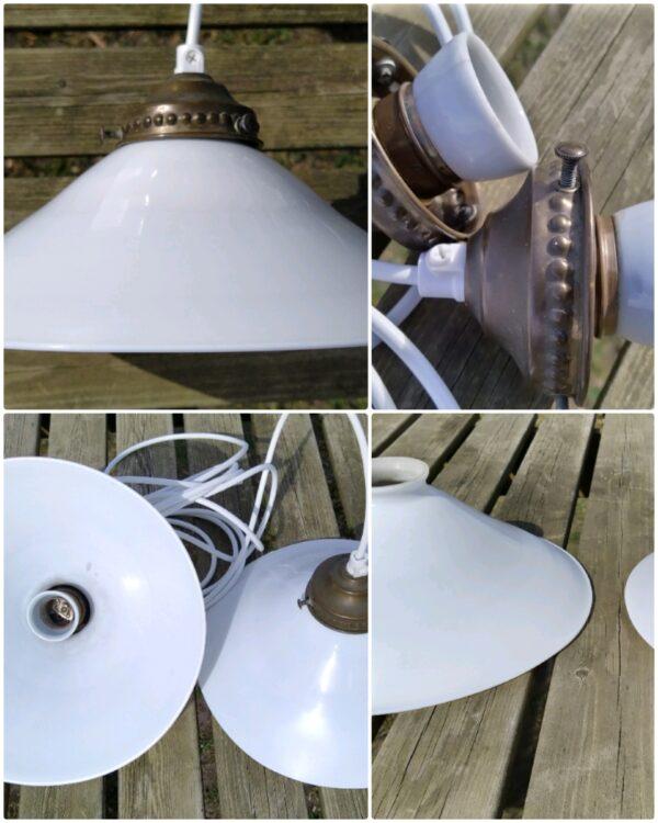 2 STK smukke antikke lamper. Opalglas skomagerpendler fra Holmegaard. Klargjorte. 25 cm. Sætpris