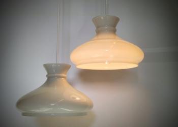 2 store Holmegaard upcycled opalglas pendel. Unika. Sætpris. Klargjorte. Smukke lamper.