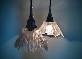 2 smukke klargjorte design lamper. Finsk design af Tauno (Tapio) Wirkkala for Humppila glass. Nye sorte ledninger m.m