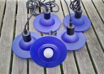 """UFO lamper dansk design model """"Inter"""". 17 cm i diameter i blå. Stykpris."""