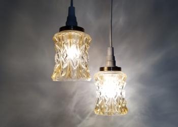 2 skønne glaspendler i Milano design. Nyt el m.m. Sætpris.
