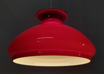Bordeaux rød Holmegaard upcycled loftlampe. 26 cm. Unika – speciallavet.