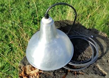 Rå antik pendel i aluminium. Nyt el