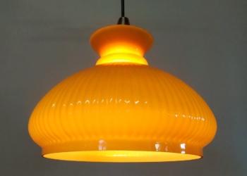 Orange holmegaard loftpendel. Upcycled. Stor og imponerende 28 cm