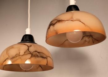 2 STK marmor glas pendler i orange burst med nyt el.