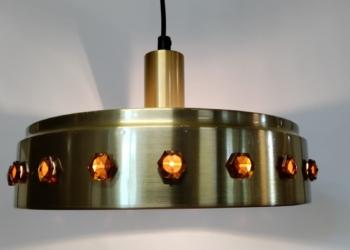 Klassisk retro lampe til spisebordet med nyt el.