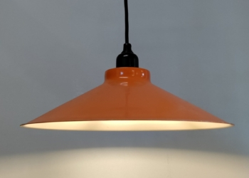 Orange emalje værkstedspendel fra E.S.Horn. 30 cm med nyt el.