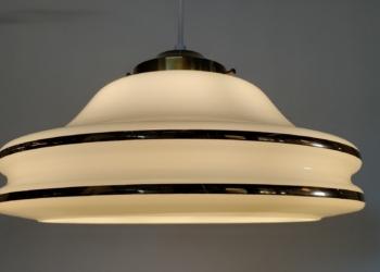 Stor Rejmyre lampe til spisebordet. 35 cm med guldbånd.