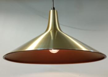 Th. Valentiner:  'Fusijama' lampe til spisebordet.