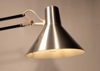 Sjælden dansk design arkitektlampe. SLB i sort og stål med nyt el.
