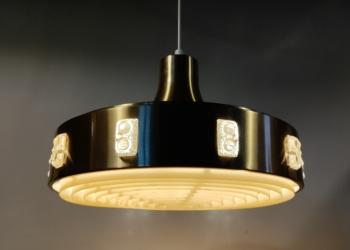 Stor svensk vitrika spisebordslampe på 40 cm med nyt el. Messing
