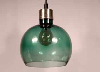 Grøn unika glaskuppel med nyt el. 20 cm i diameter. Special fremstillet.